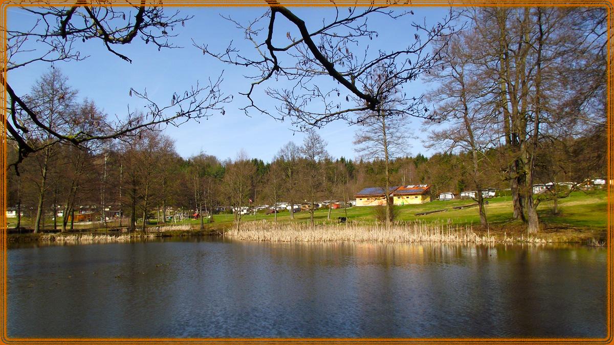 Blick vom 3.Teich zum Zeltplatz